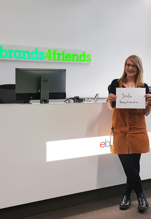 Josy beim Fashion Friday bei brands4friends
